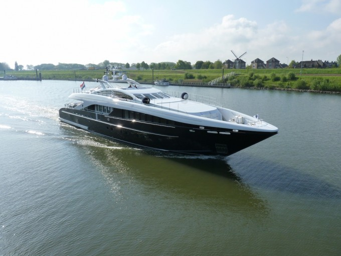 Motor Yacht Perle Noire (ex Willpower)